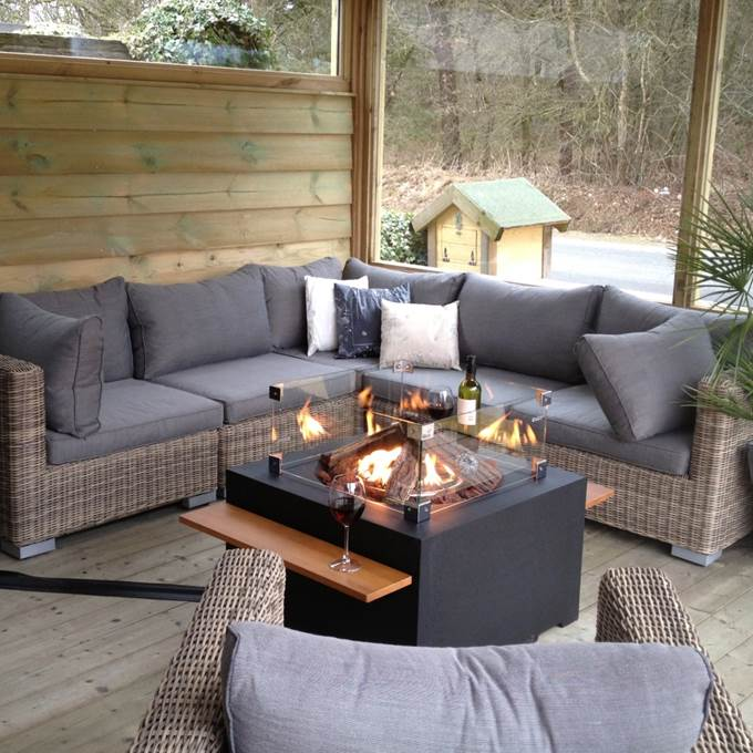 Vuurtafels vierkante cocoon table zwart - Kleine design lounge ...